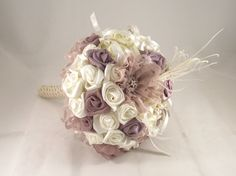Wedding Bouquet / Bridal Bouquet with crystal brooches, white fabric flowers, ostrich Feathers/ Brooch Bouquet / Retro Bouquet