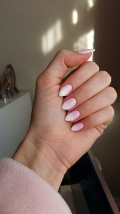 Semilac 056+001+051 baby boomer ombre nails