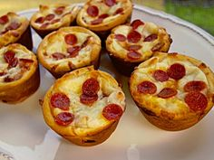 Deep Dish Pizza Cupcakes... Happy Hour Appetizers 32 | Hampton Roads Happy Hour