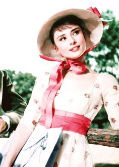 missvioleteyes: Audrey Hepburn in a still from War and Peace, 1956 Audrey Hepburn Mode, Audrey Hepburn Photos, Audrey Hepburn Fashion, Aubrey Hepburn, Divas, Golden Age Of Hollywood, Classic Hollywood, Hollywood Fashion, My Fair Lady
