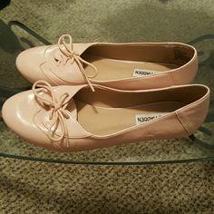 Steve Madden Flats Light pink, lightly used Steve Madden Shoes Flats & Loafers