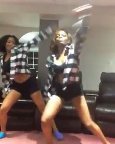 Mood�� #orlandobrownchallenge #challenge #orlandobrown #youngstarmusic �� #famous She gave me...mmmm mmm #ravensimone @theshaderoom �� #youngstarr #orlandobrown #celebrity #dj #2k17 @instagram @tmz_tv #theshaderoom #eddiethomas #eddiefromthatssoraven #youngstar #rap #music #celebritygossip @vh1 #youngstarr #eddiefromthatssoraven #music #losangeles #compton #inglewood #watts #longbeach #hollywood #pacoima#lancaster #pasadena  #mrhollywood #2k17 #balleralert @instagram #youngstarent #dancing…