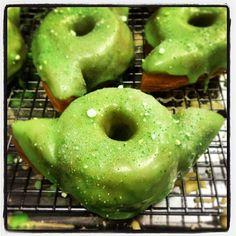 Yoda donut by Dun-Well Doughnuts! #starwars