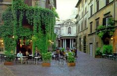 Bar and Caffe della Pace Via della Pace 3 / Rome, Italië Rome Travel, Italy Travel, Travel Tourism, Best Bars In Rome, Places To Travel, Places To See, Beautiful Places To Visit, Amazing Places, Cool Bars