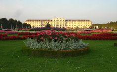 Jardins inspiradores - Jardinagem - iG O Palácio de Schonbrunn, em Viena, na Áustria, simboliza o poder da família Habsburgo, que comandou a Europa durante séculos. FOTO: Lila de Oliveira
