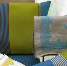 Coussin Ali. Coussin Pino (lin gris-tulum)