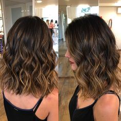 Shoulder-Length Bob with Sliced Waves Braids For Long Hair, Wavy Hair, Dyed Hair, Hair Color Balayage, Hair Highlights, Bayalage, Medium Hair Styles, Curly Hair Styles, Hair Goals Color