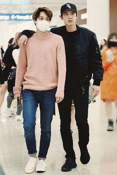 Why does Jongin look like the wife of Chanyeol