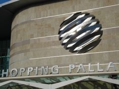 Wayfinding- Facade sign - Shopping Palladium - São Paulo (SP) - Brazil # Brazilian design