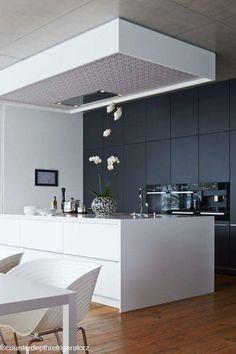 46 Luxurious Black White Kitchen Design Ideas - About-Ruth New Kitchen Designs, Modern Kitchen Design, Interior Design Kitchen, Kitchen Decor, Kitchen Ideas, Sweet Home, Modern Kitchen Interiors, Küchen Design, Design Ideas