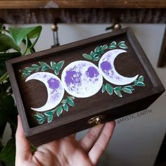 A rich dark brown wood altar box, painted with a lavender triple moon. Inside the lid hides a crystal. Painted Wooden Boxes, Wooden Box Crafts, Painted Jewelry Boxes, Crystal Box, Wiccan Crafts, Mystique, Witch Aesthetic, Hippie Art, Book Of Shadows