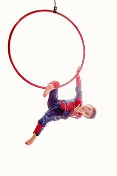 Family lyra hoop