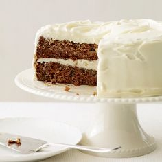 Fluffy Cream Cheese Frosting | Carrot cake, that 1970s favorite, has a new audience at luxe restaurants like Manhattan's Le Bernardin. At the Urban Farmer in Portland, Oregon, pastry chef Jodi Elliot prepares the ultimate version: moist and not too sweet.