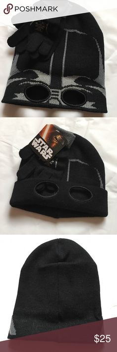 NEW Star Wars Darth Vader Hat & Gloves Set Brand: Star Wars  Condition: Brand new with tags  Size: One size fits most   Description: Men's hat and gloves set Star Wars Accessories Hats