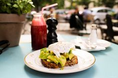 betty'n'caty's -- Breakfast in Berlin -- Prenzlauer Berg (GF available)