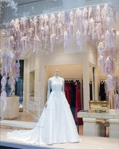 "PRONOVIAS, Barcelona, Spain, ""Window displays that make your heart skip a beat', pinned by Ton van der Veer"