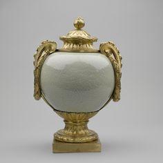 Jingdezhen, Jiangxi Province, China - Pair of mounted jars with covers, Kangxi, c.1690-10; French mounts: 1760–70