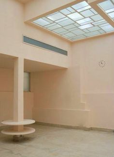 Billedresultat for la villa noailles Robert Mallet Stevens, Architecture Design, Villa, Beach House Kitchens, 1930s House, Simple Interior, Interior Stylist, Interior Design, Art Deco Design