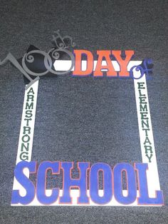 picture frame for kids to take a picture with for the 100th day of school.