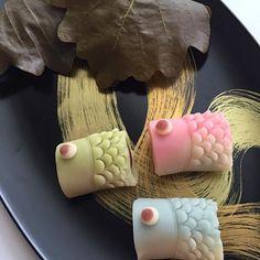 ☆和菓子教室で作ってきました(*^^*) 味噌あんも手作り♡ - 139件のもぐもぐ - 鯉のぼりの練り切り&柏餅 by chezblanca