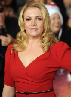 Melissa Joan Hart | 12 Celebrities You Didn't Realize Have Lazy Eyes