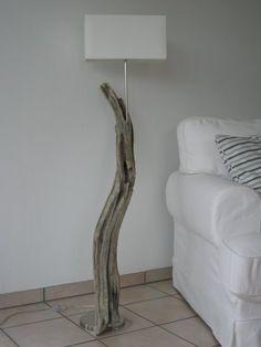 manunatura driftwood floor lamp No.1
