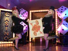 Primera Gala Miss Burlesque Valencia. Puedes ver mas en nuestro Blog, en seccion Eventos. www.hadaspinup.com #missburlesque #burlesque #retro #pinup #pinupvalencia   #modapinup #años50 #modelospinup #eventopinup #desfilepinup #modelopinup #fotopinup