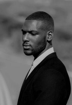 bwbg — Kofi Siriboe by Brandon Hicks Fine Black Men, Gorgeous Black Men, Handsome Black Men, Black Boys, Fine Men, Beautiful Men, Kofi Siriboe, Dandy, Chocolate Men