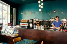 Simon Says Ghent - Coffee & Carrot Cake