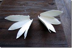 tutorial gallo Cristallo-3 Paper Mache Sculpture, Sculptures, Super Cola, Baba Marta, Galo, Bird Art, Quilling, Animals And Pets, Paper Flowers