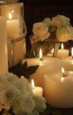 Ĭ Velas - Candles! Romantic Candles, Beautiful Candles, Fairy Lights, Tea Lights, Raindrops And Roses, Candle In The Wind, Candle Lanterns, Diwali, Candle Holders
