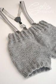 Strikking i mitt hvite hjem: Strikket jule - shorts. Baby Boy Knitting Patterns, Knitting For Kids, Knitting Projects, Hand Knitting, Knit Or Crochet, Crochet For Kids, Baby Barn, Baby Kind, Baby Sweaters