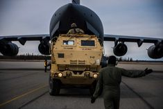 C-17 Facts: Everything You Need To Know   Military Machine