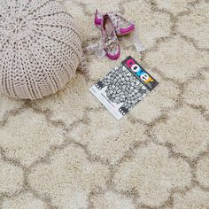 Logan Rugs LG09 in Cream and Beige - Free UK Delivery - The Rug Seller