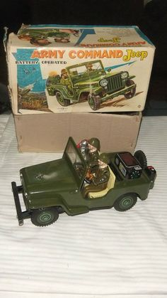Vintage1960's Rare Tin Army Command Jeep Battery Operated made in japan with box #TNToys