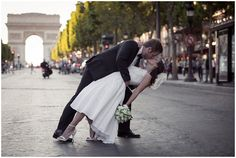 Iconic Paris wedding landmarks | Image by Pictours Paris