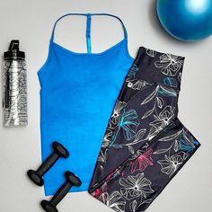 Cuando reservas tu ropa de entreno más bonita para el... #FRIYAY! #FriYAY #FeelGoodFeb