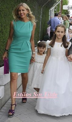 Dress Code de las comuniones Peplum Dress, Kids Outfits, Color, Vintage, Google, Fashion, Dresses For First Communion, Communion Dresses, Dress Patterns