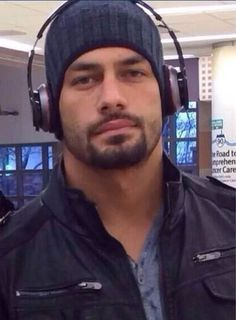 When in Rome~~Roman Reign's ~~WWE at its finest :) Wwe Roman Reigns, Wwe Superstar Roman Reigns, Roman Regins, Thing 1, Wwe Superstars, Dream Guy, Good Looking Men, Roman Empire, Man Crush