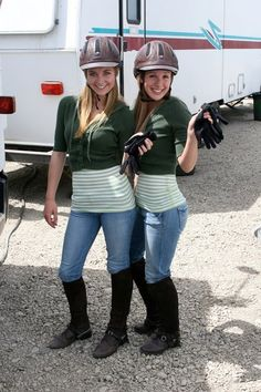 I Didn't know that Amy had a riding double! I thought that she was able to ride herself! Heartland Actors, Heartland Quotes, Heartland Ranch, Heartland Tv Show, Heartland Seasons, Ty E Amy, Horse Girl Photography, Alisha Newton, Stunt Doubles