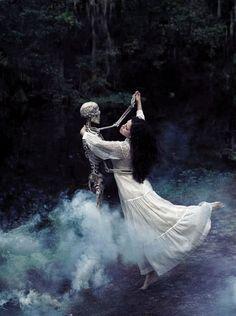 Foto Fantasy, Dark Fantasy, Fantasy Art, Halloween Photography, Fantasy Photography, Film Photography, Street Photography, Landscape Photography, Fashion Photography