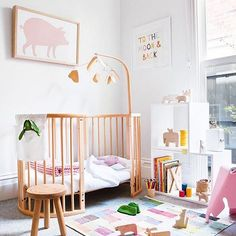 It's a ROUND CRIB round-up! If you haven't met the Sleepi Crib from @StokkeBaby, allow us to introduce you. #PNpartner