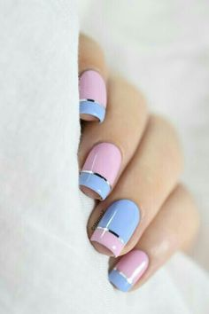 Summer nail art 985231147876621 - Marine Loves Polish: Magic Touch, quand le vernis devient gel… [Pantone 2016 – Color Block nail art] Source by marinelp Line Nail Designs, Latest Nail Designs, Short Nail Designs, Pink Nails, Gel Nails, Manicure, Nail Polish, Acrylic Nails, Navy Nails