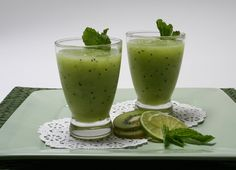 El jugo de kiwi es delicioso para un buen desayuno. El kiwi es  benéfico para la salud por la cantidad de vitaminas que contiene.