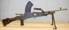 OLD SPEC, WW2 1942 Dated .303 Calibre MK 1 Bren Light Machine Gun used by the British army mainly.