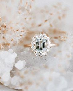 beautiful diamond ring Dream Engagement Rings, Rose Gold Engagement, Engagement Ring Settings, Vintage Engagement Rings, Vintage Rings, Wedding Engagement, Wedding Rings Vintage, Solitaire Engagement, Tiffany Wedding Rings