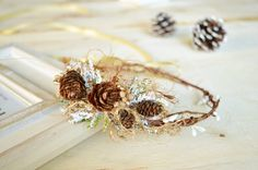 Pinecone crown Toddler Christmas Crown Winter Berry by LumilinA