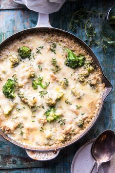 This Cheesy Chicken & Broccoli Casserole Cooks in One Skillet — Delicious Links