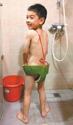 清涼西瓜裝 5歲童:好酷喔