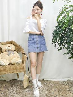 Page not found - Mode für Paare Ulzzang Fashion, Kpop Fashion Outfits, Korean Fashion, Work Fashion, Trendy Fashion, Fashion Trends, Korean Summer Outfits, Cool Girl Outfits, Kawaii Fashion